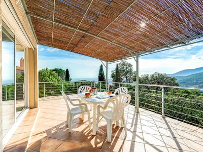 Photo for 2 bedroom Villa, sleeps 4 in La Croix-Valmer with Air Con and WiFi