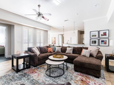 Photo for Great Dallas Home, Fantastic for Groups