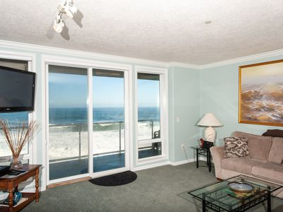 Photo for *Promo!* Stunning Oceanfront Condo, Wifi, HDTV, Hot Tub, Indoor Pool and More!