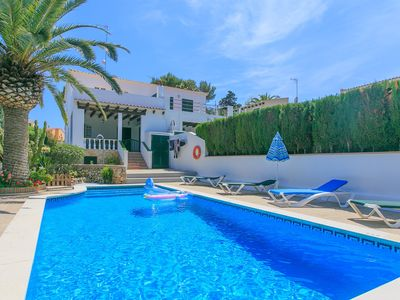 Photo for Villa Pepa: Large Private Pool, Walk to Beach, WiFi, Car Not Required