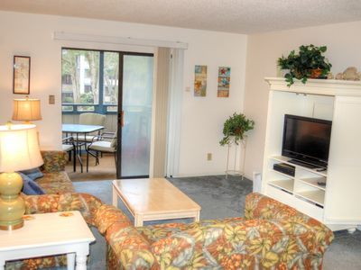 Photo for Centrally located in the Summertree Village community, just steps from the outdoor pool