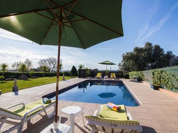 Casa do Vale – Beautiful 4 Bedroom Country House with Private Pool.