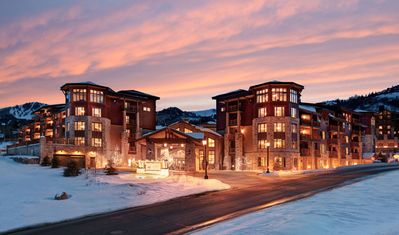 Photo for Two Bedroom, Ski In/Ski Out