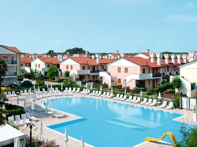 Photo for 2 bedroom Apartment, sleeps 6 in Caleri with Air Con