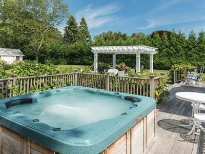 Super Clean Southampton/Shinnecock Golf Country with Hot Tub