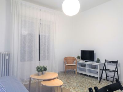 Large and comfortable apartment, near the center