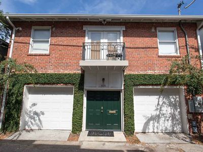 Photo for Stay with Lucky Savannah: Updated carriage home in heart of Historic District