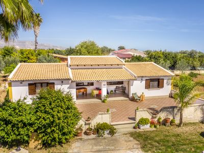 Photo for Semi-detached villa with pool - 8 beds