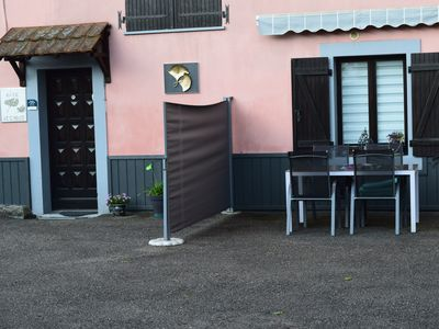 Photo for Gite (outbuilding) entrance and parking for private use Rougegoutte