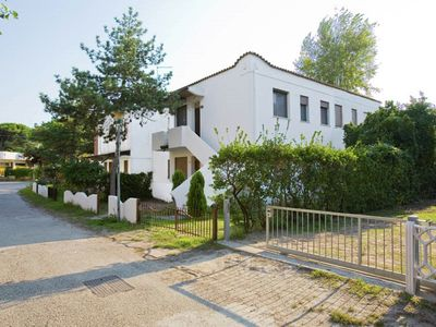 Photo for Nice holiday home close to sea, in Rosolina Mare, near Venice