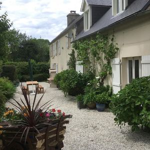 Photo for Charming rural farmhouse, close to pretty town, coast & D-Day sights.