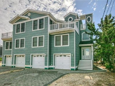 Photo for Oceanside, Immaculate, 4BR/3.5baths, 5 Houses to the Beach, Sleeps 9+