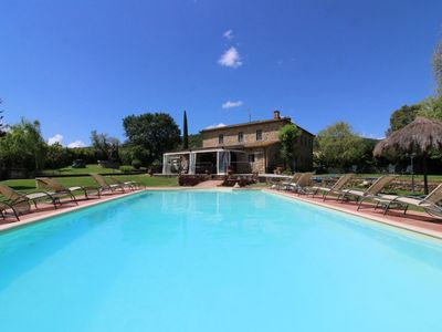 Photo for Old independent farmhouse  with private pool and garden, internet connection. Monte San Savino.