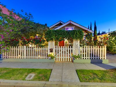 Charming Bungalow, 1/2 Mile to Beach, A/C, SPA & More!
