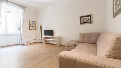 Photo for San Giovanni 2213 apartment in Tuscolano with air conditioning & lift.