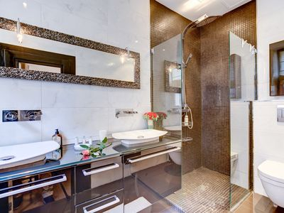 Photo for Deluxe 2 bedroom apartment, center Cannes