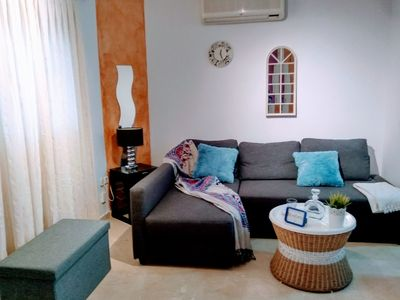Photo for Alfalfa Apartment, Sleeps 4 with Air Con and WiFi