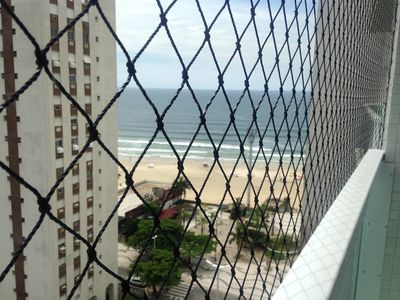 Photo for Pitangueiras apartment 20 meters from the beach, lateral view to the sea.
