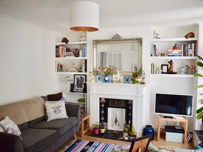 Photo for Cosy 1 Bedroom Basement Flat In Hove
