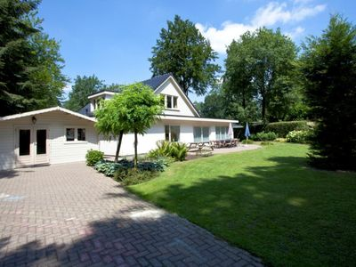 Photo for 5 bedroom accommodation in Ede