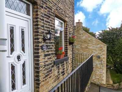 Photo for COTTAGE IN THE SKY, pet friendly in Luddenden, Ref 913519