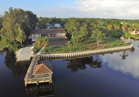 Photo for 6BR House Vacation Rental in Gibsonton, Florida