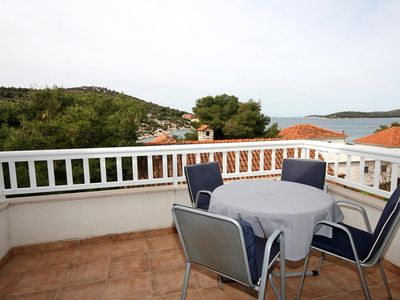 Photo for One bedroom apartment with terrace and sea view Ražanj, Rogoznica (A-4265-c)