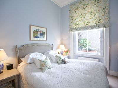 Photo for Redcliffe Gardens - One Bedroom Apartment, Sleeps 2