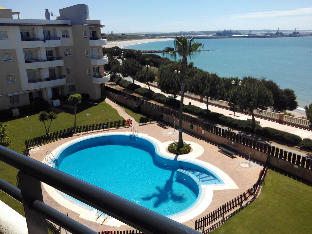 Bel appartement en rota cadix seaview piscine for Piscine internet