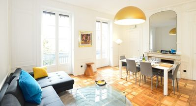 Photo for Apartment in the center of Lyon with Air conditioning, Lift, Terrace (496572)