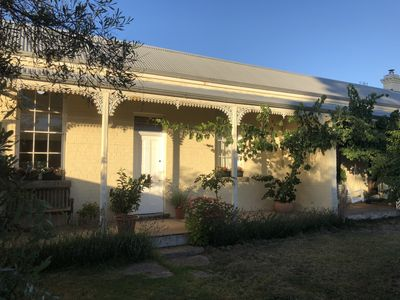 Photo for Cute Cottage in the Cute Town of Newstead. Central 2 historic gold fields of Vic
