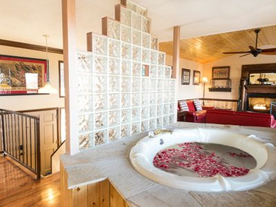 Photo for Mtn View With Hot Tub,Whirlpool ,Wi-fi and Arcade Games,