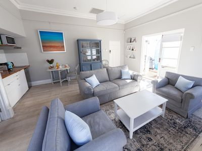 Photo for Chic & Sweet Apartment close to Fremantle
