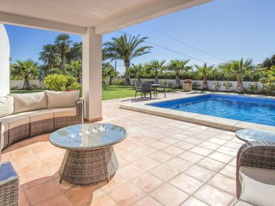 Photo for Beautiful private villa for 6 people with private pool, A/C, WIFI, TV and parking