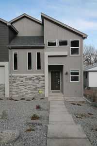 Photo for Brand New Modern Duplex Close to All of the Attractions