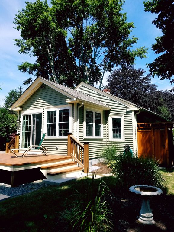 Private Updated Cottage W Sunroom Minutes To Newport