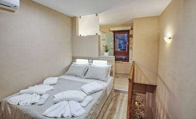 Photo for Superior 2-Bedroom Home with COCOMAT anatomic beds
