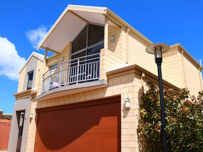 Photo for ❤Resort style living in the ❤ of Mandurah: 2-7 Guests