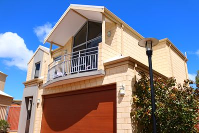 MANDURAH on the TERRACE ... Welcomes you and your family