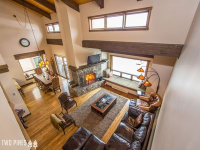 *Flexible Cancellation Policy* Beaverhead Penthouse!- Amazing Views and Location