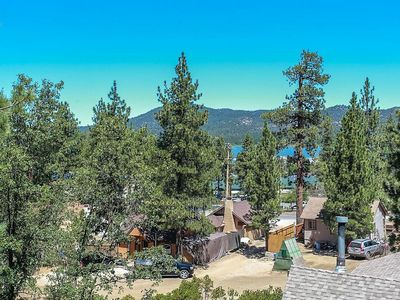 Great Spirit Escape Victorian Downtown Furnished Chalet / Walk To Lake/Village
