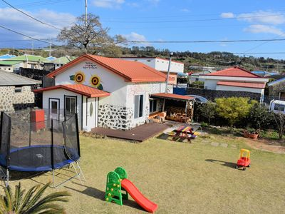 Photo for Charming 2 bed cottage in friendly Jeju village