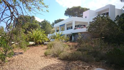 Photo for Spacious villa in a gorgeous location with a pool