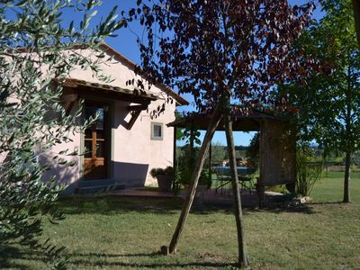 Photo for Cute independent house in a farmhouse in the tuscany country