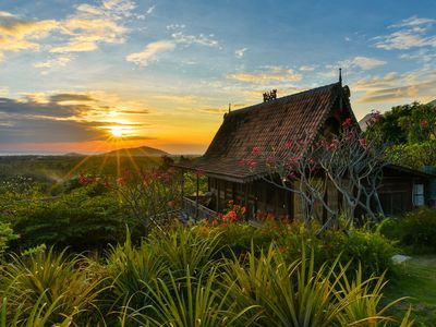 Photo for Basuki, Romantic Wooden House In The Sumberkima Hill Retreat