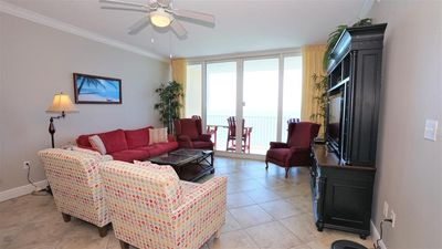 IN THE MIDDLE OF IT ALL, WALK TO EVERYTHING, DIRECT ON THE GULF, TONS OF AMENITIES, WELL KEPT CONDO