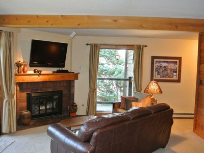 Photo for Ski In 2 BR/2BA Cozy Condo on Four O'Clock Run