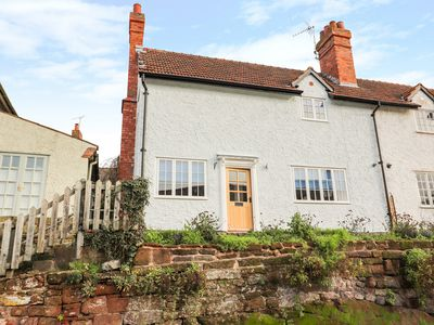 Photo for 2 Rock Cottages, FARNDON