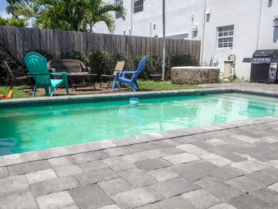 Photo for 4BD LUX W POOL, JACUZZI, BALCONYS, 65-IN TV & MORE!
