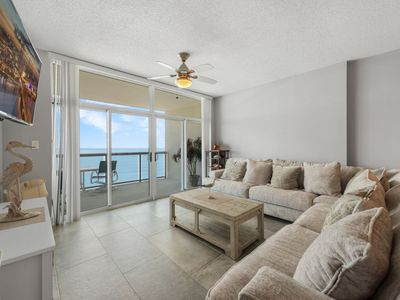 Photo for Luxurious 3 bedroom right on the Ocean! | Blue Water Keyes - PH 6